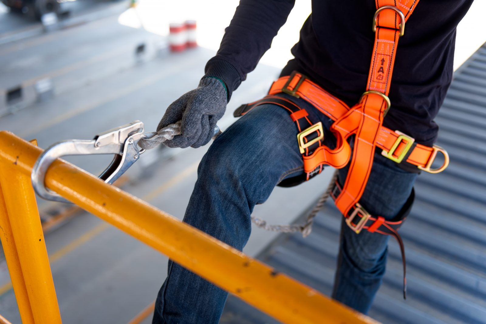How to Choose a Fall Protection Harness in 11 Easy Steps